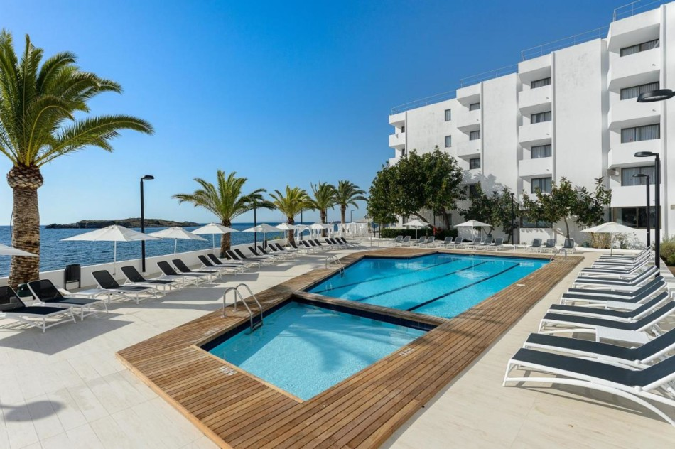 Amazing Cheap Apartment Playa den Bossa with Pool, PLAYA ...