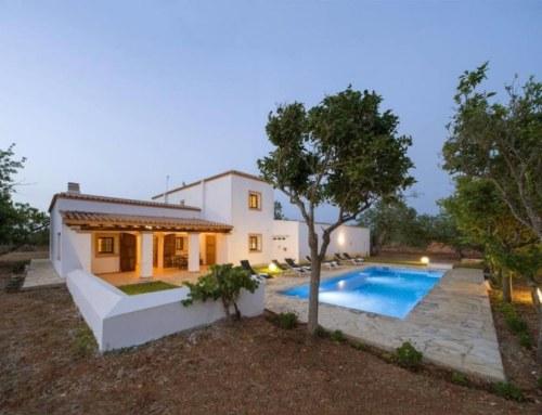 Breathtaking Pool Villa 8 Guests, SANTA GERTRUDIS – Property Code: VillaVicen20