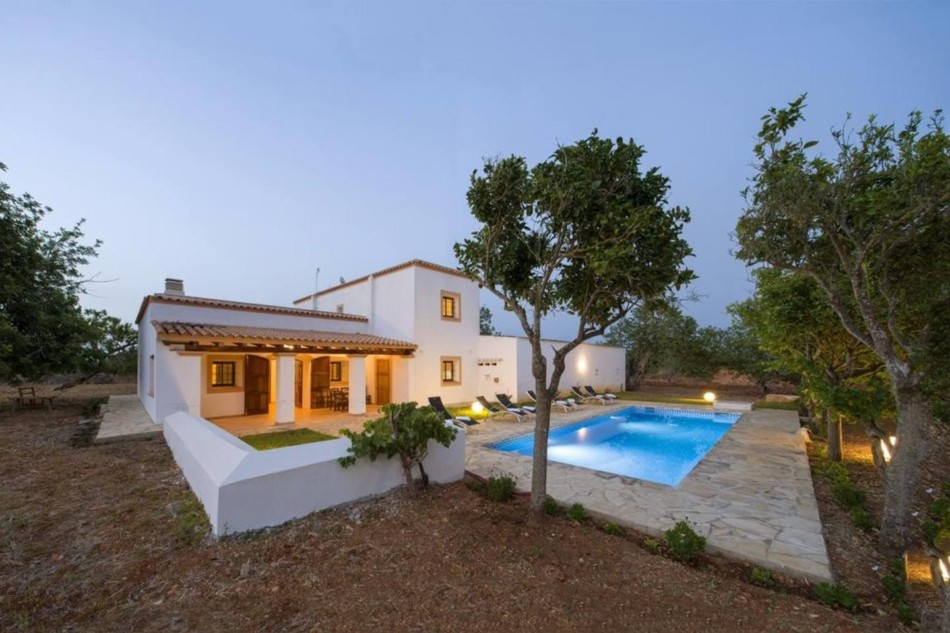 Breathtaking Pool Villa Santa Gertrudis – IBIZA VillaVicen20
