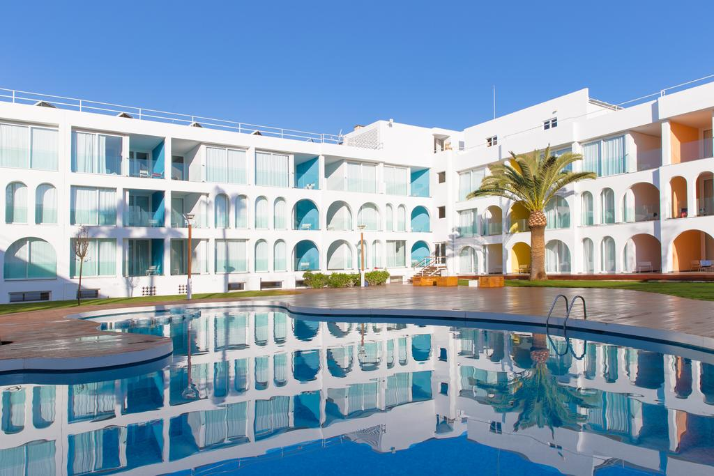 Breathtaking sunny apartment with pool and gym EBSELBOS Overview7