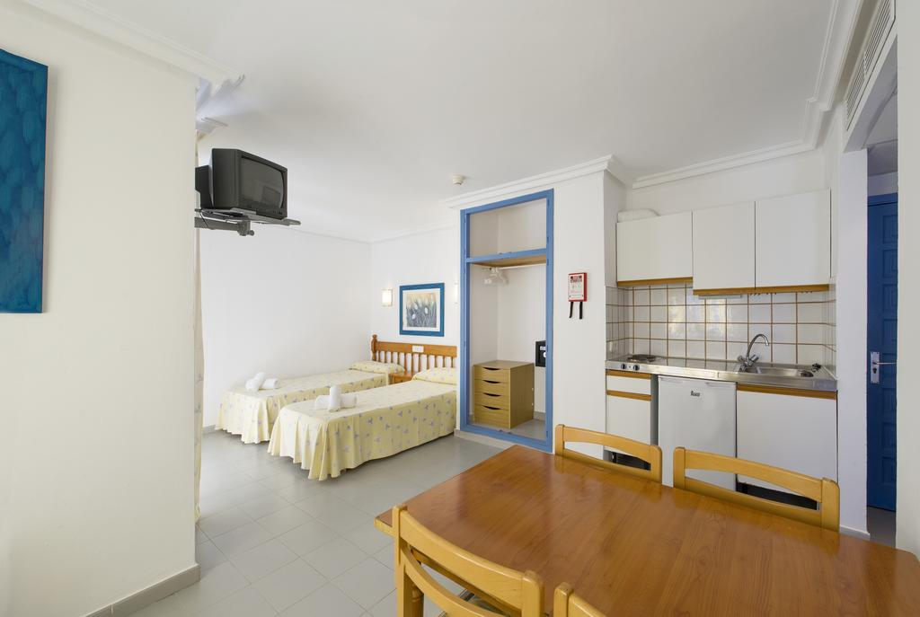 Cheap central studio apartment SOBAYSA Studio apartment2