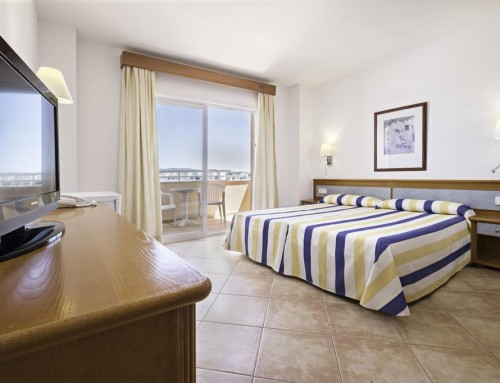 [DOUBLE STANDARD ROOM] Delightful Aparthotel with pool