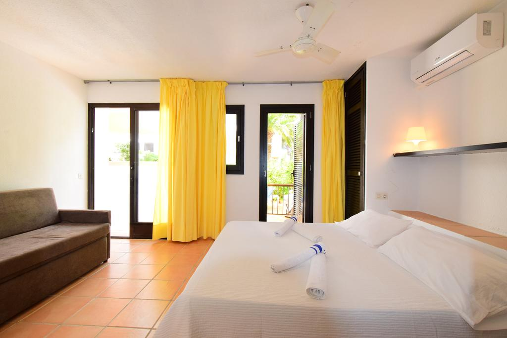 Family apartment with pool gym and Kids Area CLAZSE Bedroom3