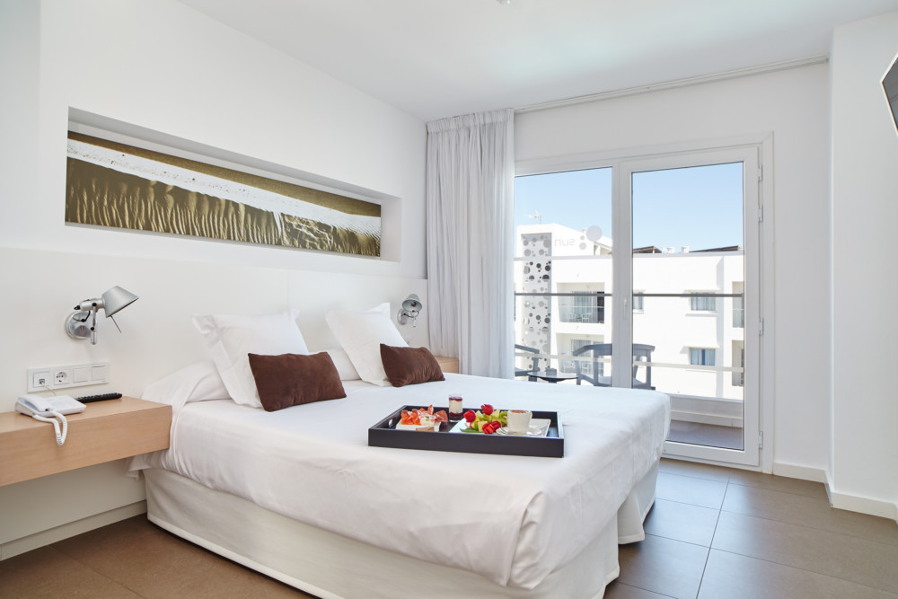 Luxury Swimming Pool Apartment PLAYA D EN BOSSA Ibsuapt Bedroom 4