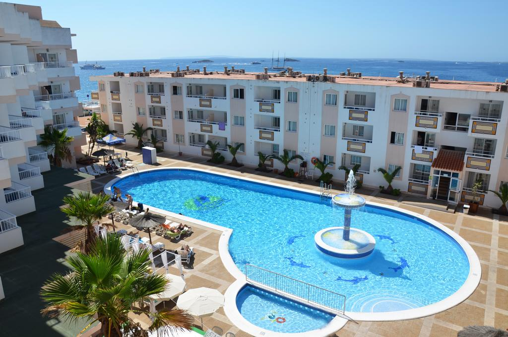 Nice and cheap studio apartment with pool TRGARAP Swimming pool2