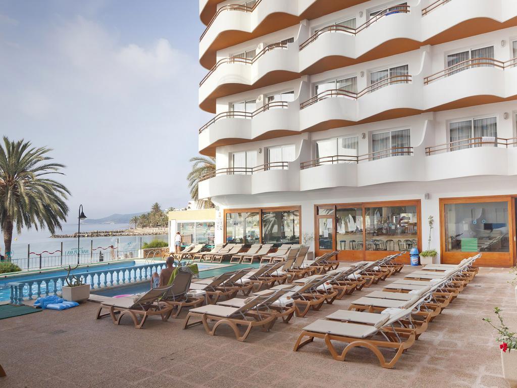 Sea Front Apartments with pool IBIZA IBMARPL Pool