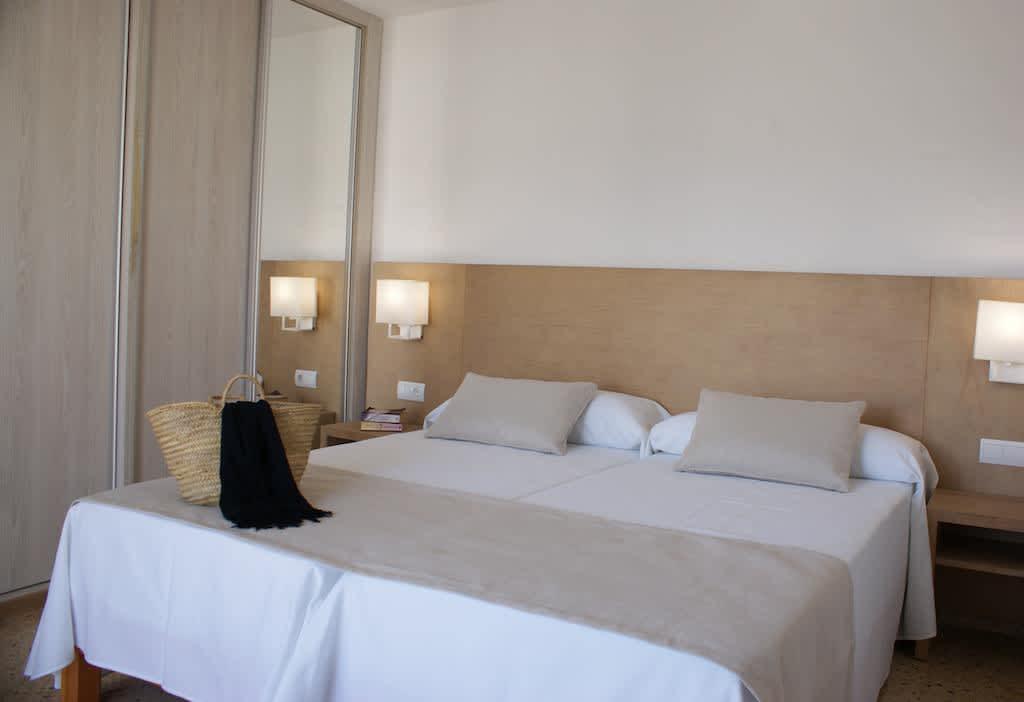 Sea View elegant modern Apartment SAN ANTONIO Margepre Bedroom 3