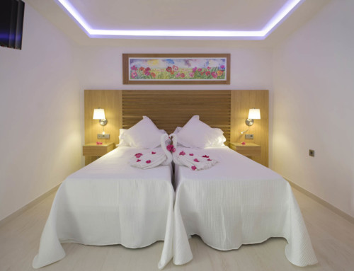 [DELUXE STUDIO WITH BALINES BED (2 ADULTS)] Stunning luxury apartment holiday with pool
