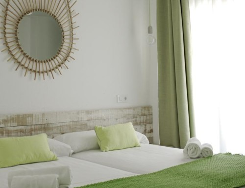 [2 BEDROOMS APARTMENT (6 GUESTS)] Wonderful Holiday Apartment with pool 6 guests